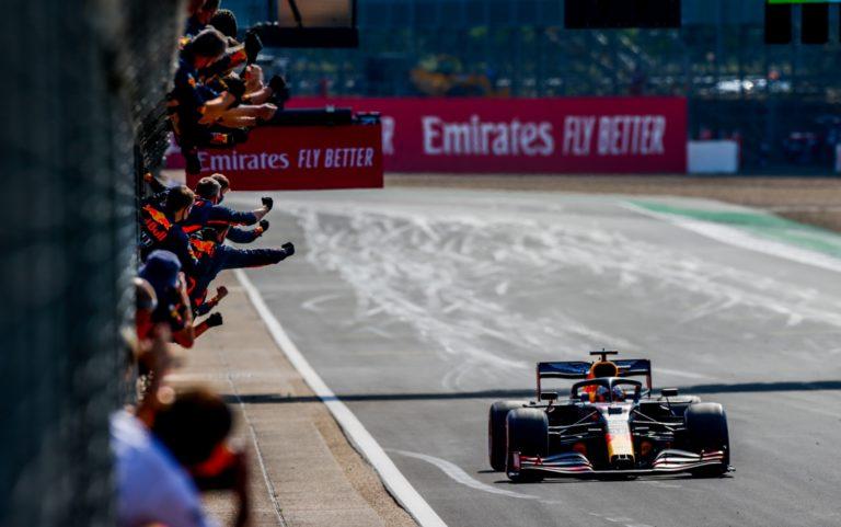 Formula 1, Inghilterra (2): trionfa Verstappen davanti alle Mercedes