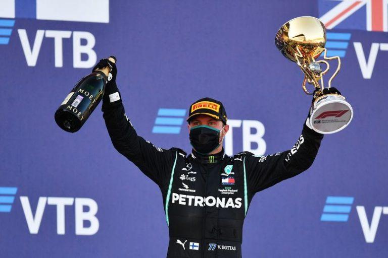 Formula 1, Russia: Bottas ritrova la vittoria, Hamilton rimanda l'aggancio a Schumacher