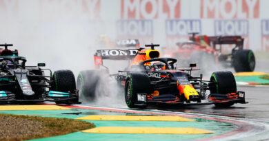 Formula 1, San Marino: Verstappen domina la gara dei colpi di scena, Hamilton e Norris sul podio