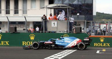 Formula 1, Ungheria: Ocon e l'Alpine in trionfo, Hamilton secondo scavalca Verstappen in classifica